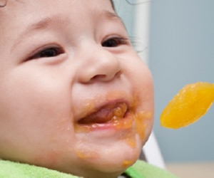 Introducing Fruits and Vegetables to Baby